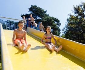 RCN-het-Grote-Bos-glijbaan-zwembad (3)